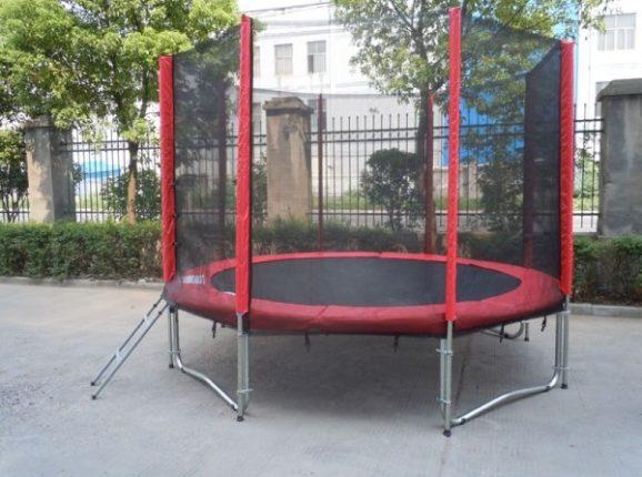 trampolina-s-ochrannou-siti